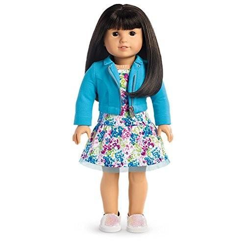 赤ちゃんAmerican Girl - 2017 Truly Me Doll: Light Skin, 黒-褐色 Hair with Bangs, 褐色 Eyes