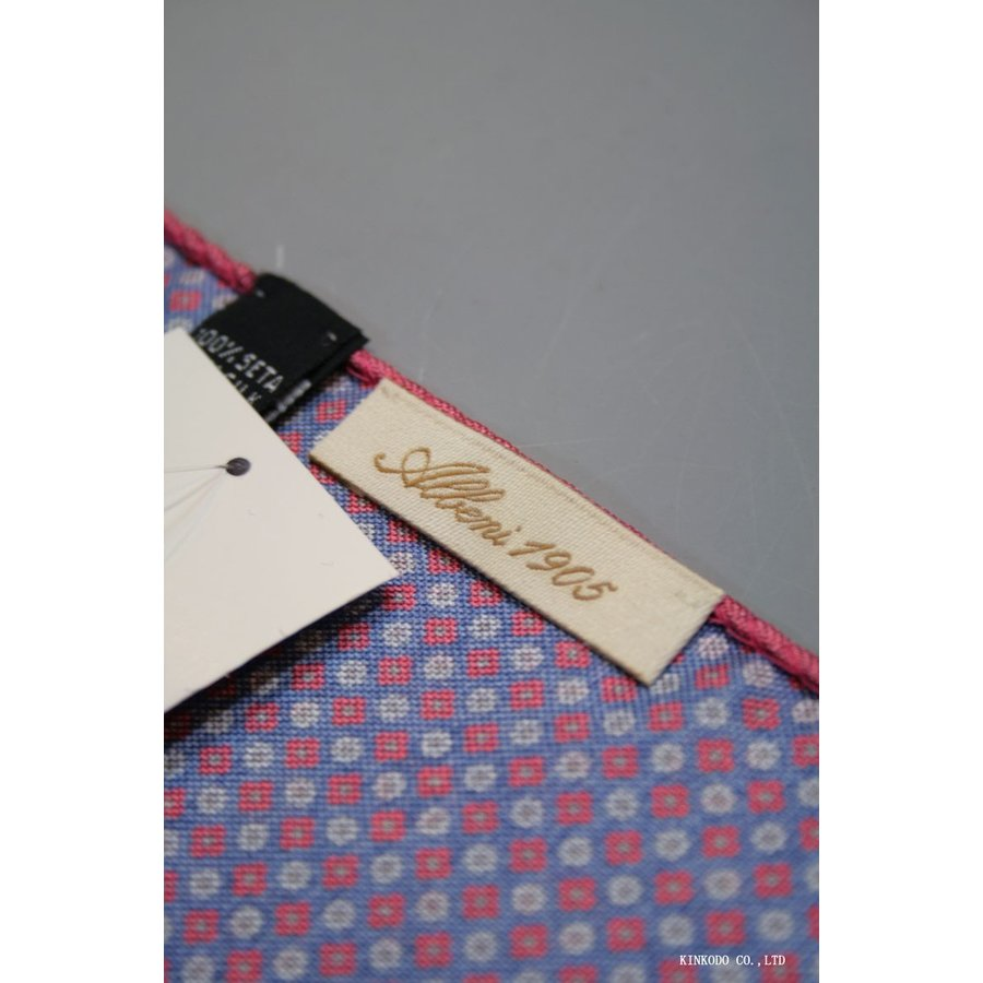 大小の小紋のリバーシブルポケットチーフ赤の縁取りがポイント。 イタリア老舗ネクタイメーカーALBENIアルベニ社製|shop-kinkodo|06