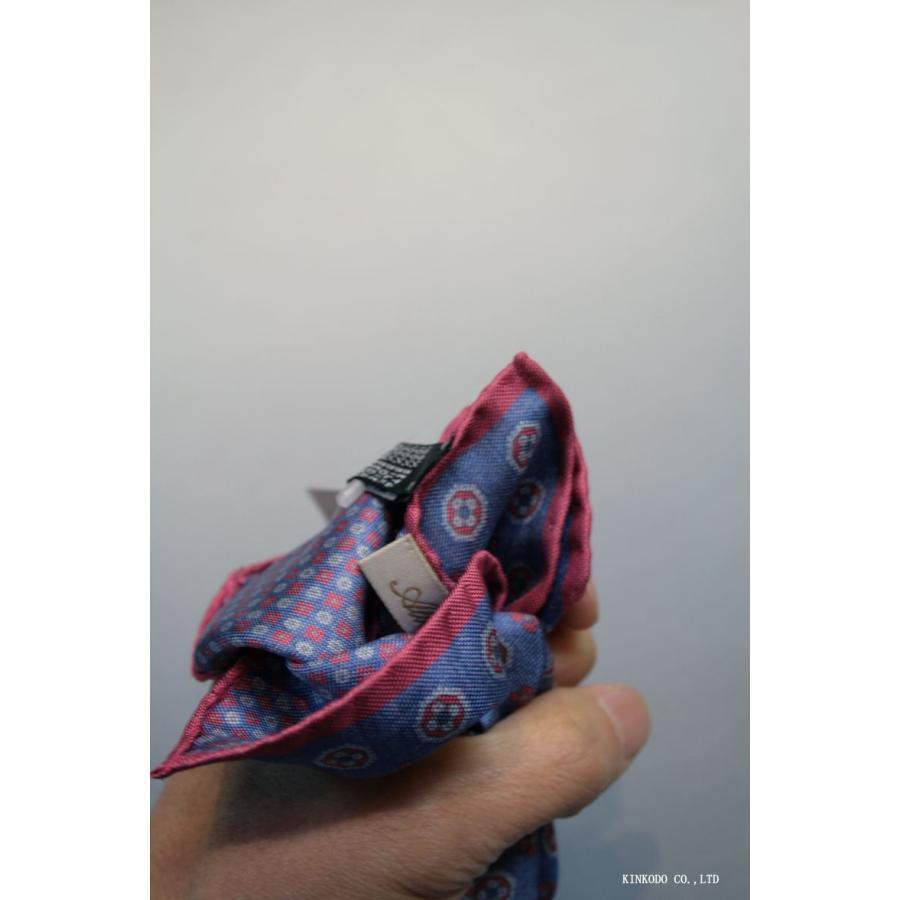 大小の小紋のリバーシブルポケットチーフ赤の縁取りがポイント。 イタリア老舗ネクタイメーカーALBENIアルベニ社製|shop-kinkodo|08