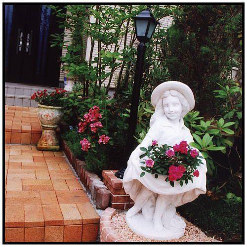 スカートの少女像H93cm イタリア製洋風庭園 石造人物オブジェ / イタルガーデン社 PU8103
