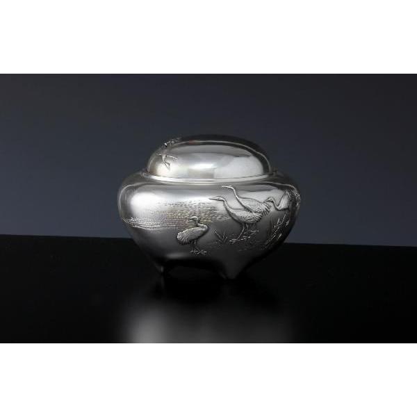 銀製香炉 「寿型鶴文様」
