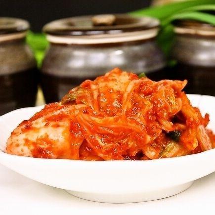 手作りキムチ専門店 フルーツキムチ 白菜キムチ カット 500g 贈答 低価格 甘口