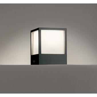 エクステリア 照明器具 LED おしゃれ キューブ 電球色 門柱灯 据置取付可能 LED一体型 60W相当 60W相当 防雨型 アクリル