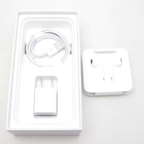 スマートフォン au 白ロム  au iPhone8 64GB シルバー
