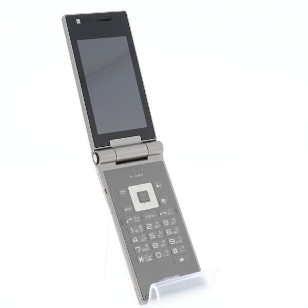 携帯電話 docomo 白ロム  P-09A GOLD