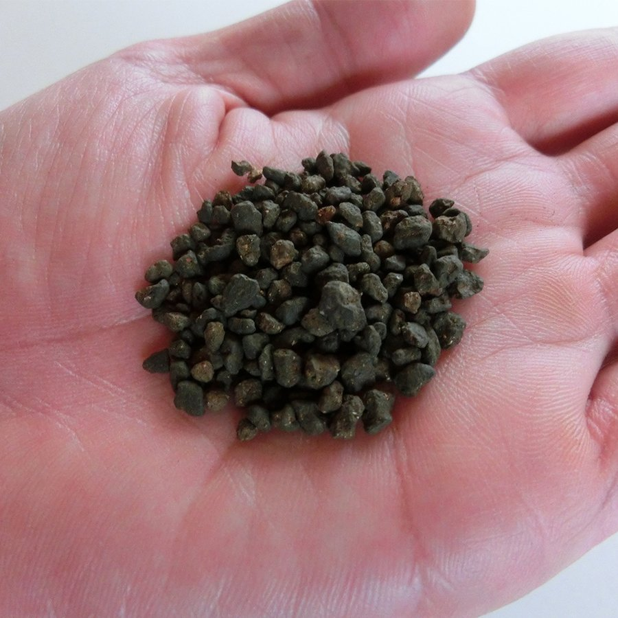 ソイル 6kg 天然 熱帯魚 低床 ブラック 黒 水槽 土壌 国産土壌 底砂ブラック|soil-shop|03