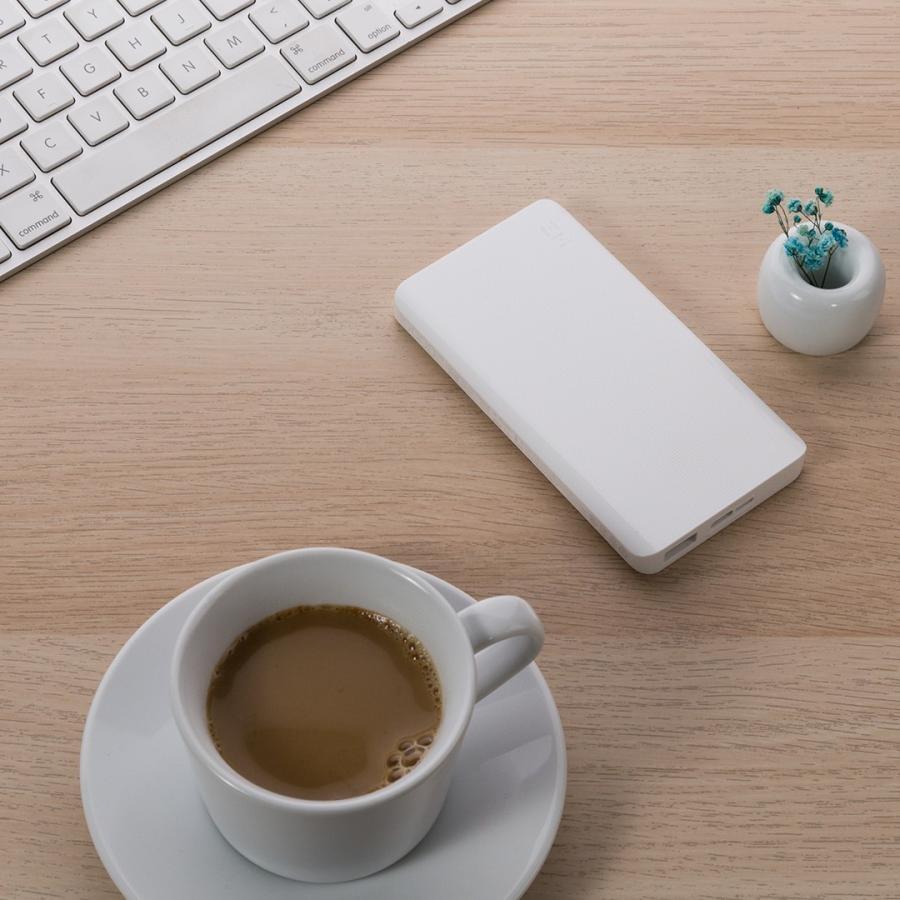 【日本正規代理店】 ZMI QB810 モバイルバッテリー 10000mAh 大容量 薄型 急速充電 薄型 PSE認証済 残量表示 スマホ充電器 携帯充電器 USB-Cポート付 18ヶ月保証 starq-online 10