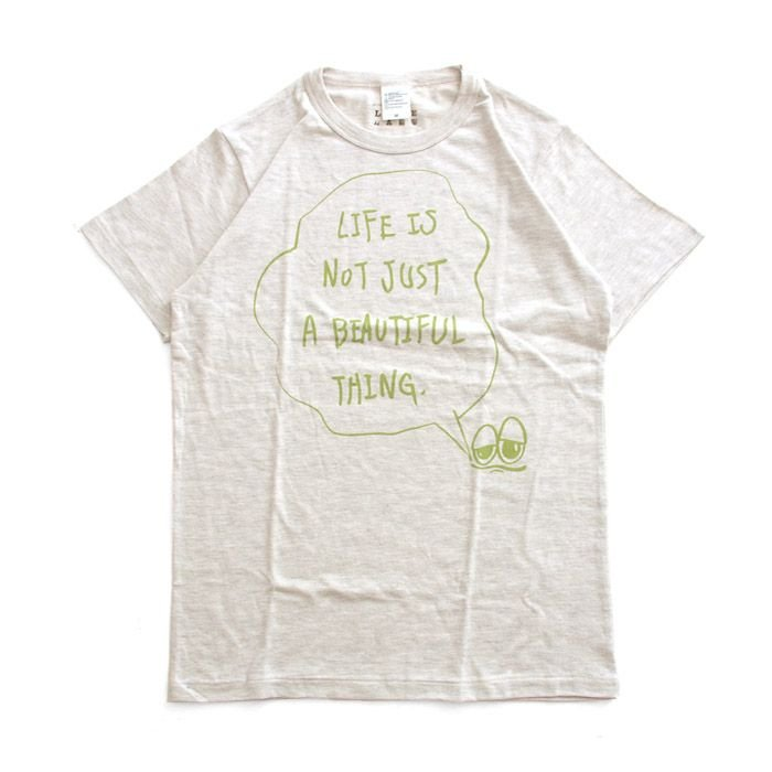 Tシャツ ライフ イズ アート × Chos Tシャツ NOT JUST A BEAUTIFUL Oatmeal メンズ stayblue
