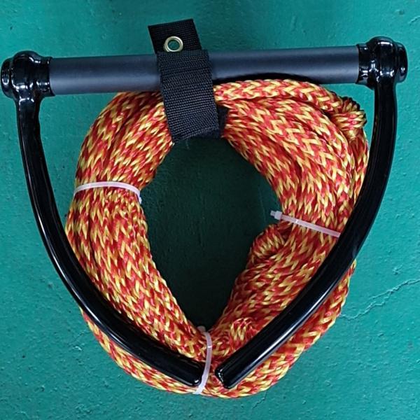 ハンドルグリップ赤 黄色と23メートル10ミリメートル水スキーウェイクロープ 新生活 正規品