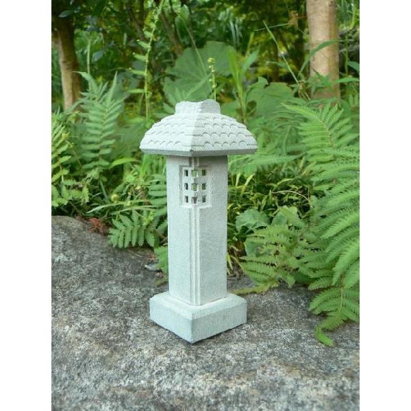 石の置物 ミニ灯篭「小屋棒」 石の置物 ミニ灯篭「小屋棒」 石の置物 ミニ灯篭「小屋棒」 1df