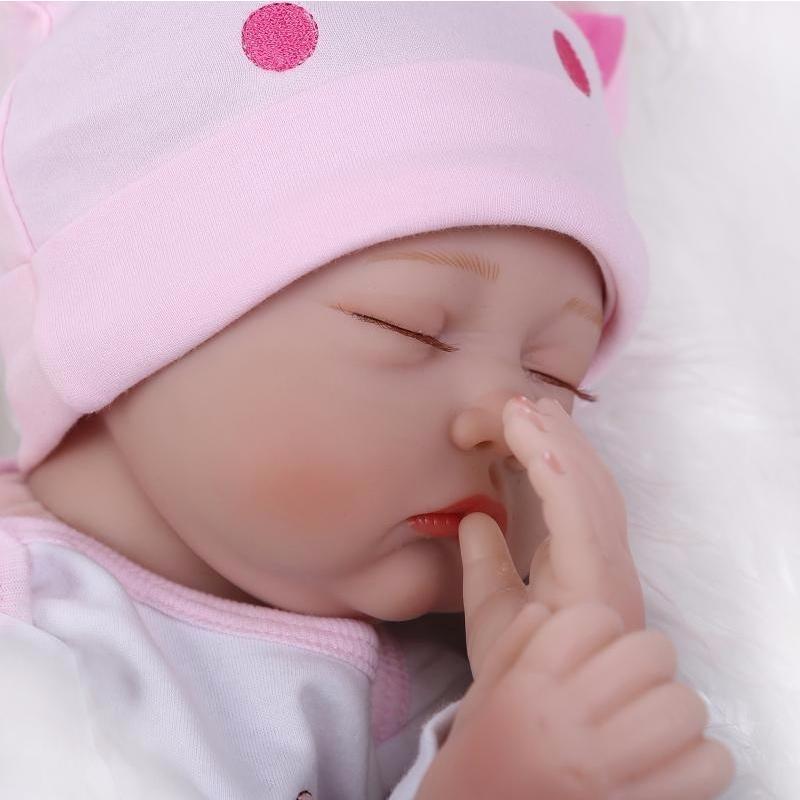 リボーンドール 赤ちゃん人形 ベビー人形 ベビードール リアル ハンドメイド /シリコン&綿 22インチ 新品 おねんね 帽子の女の子