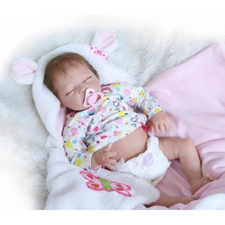 リボーンドール リアル赤ちゃん人形 かわいいベビー人形 衣装と哺乳瓶・おしゃぶり付き クローズアイ ぐっすり乳児ちゃん