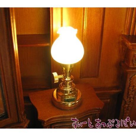 開催中 ミニチュア 3V電池式LED照明 フロストグラスの卓上ランプ 賜物 ドールハウス用 HKL-TL-025