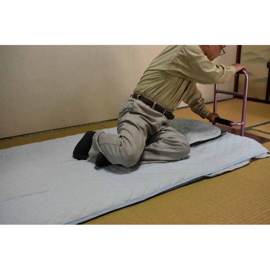 立つ之助 元気 立ち上がり補助手すり 掴まる所が2つで便利 介護 布団 和室 座敷 など スチール素材 薄あずき色 日本製|takei-co|07
