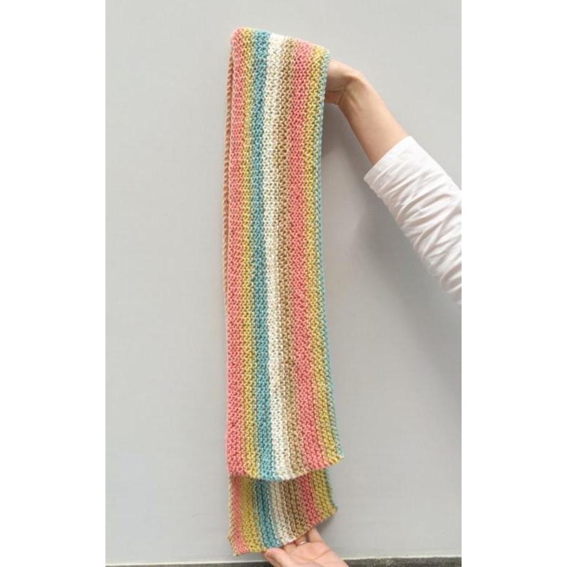 キャロンコットンケークスで編む1玉で完成のガーター編みショール 手編みキット 編み図 ダルマ|teamiohenya|02