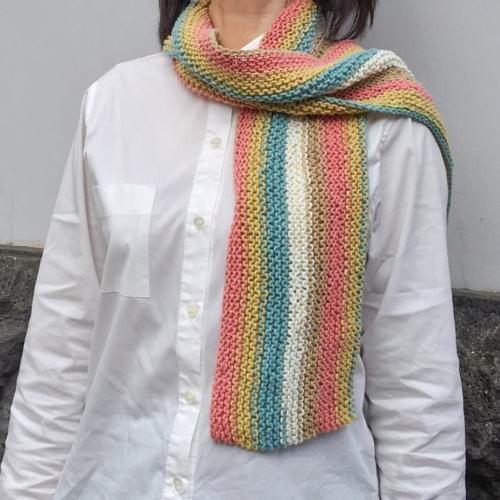 キャロンコットンケークスで編む1玉で完成のガーター編みショール 手編みキット 編み図 ダルマ|teamiohenya|04