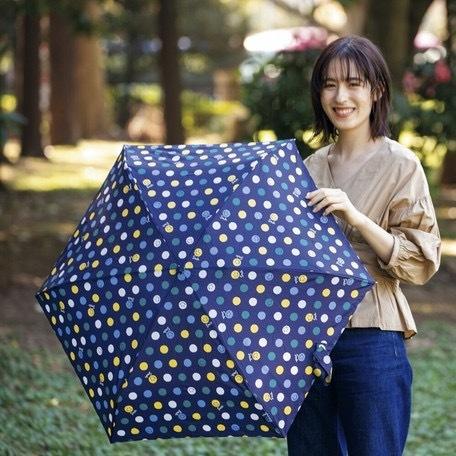 【晴雨兼用傘】  because(ビコーズ) 折りたたみ傘 軽量  子供 ビニールポーチ スマイル ドット UVカット|teruruya|04