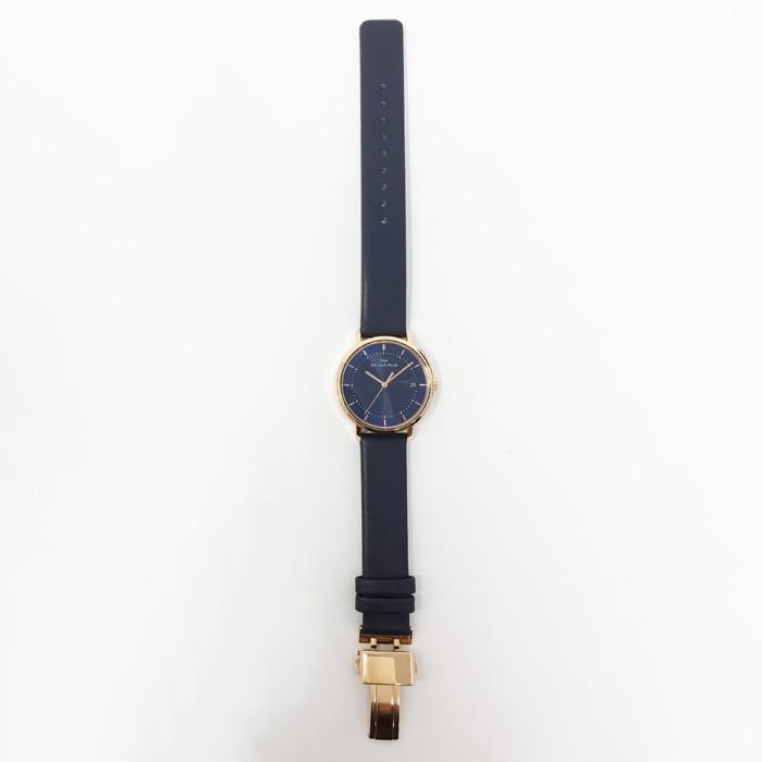 ザ・クロックハウス カジュアルスタイル LCA1003-NV1B レディース 腕時計 ソーラー 革ベルト ネイビー シンプル ミニマル 雑誌掲載 着用モデル theclockhouse-y 08