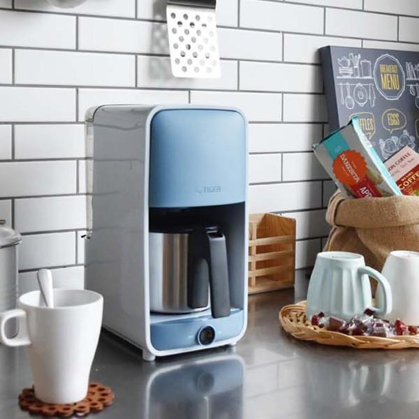 コーヒーメーカー おしゃれ デザイン ステンレスサーバー 0.81L ADC-A060AS サックスブルー サーバー 情熱セール 保温機能 6杯分 ステンレス 濃度調節 国際ブランド