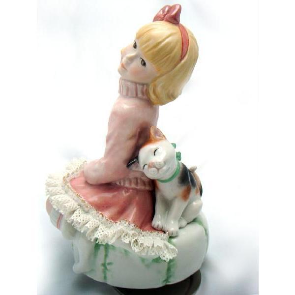 レースドール オルゴール マイ・ファミリー 三毛猫 TKN-2370D 【 陶器 人形 置物】 /テーケー名古屋人形製陶株式会社 tklace