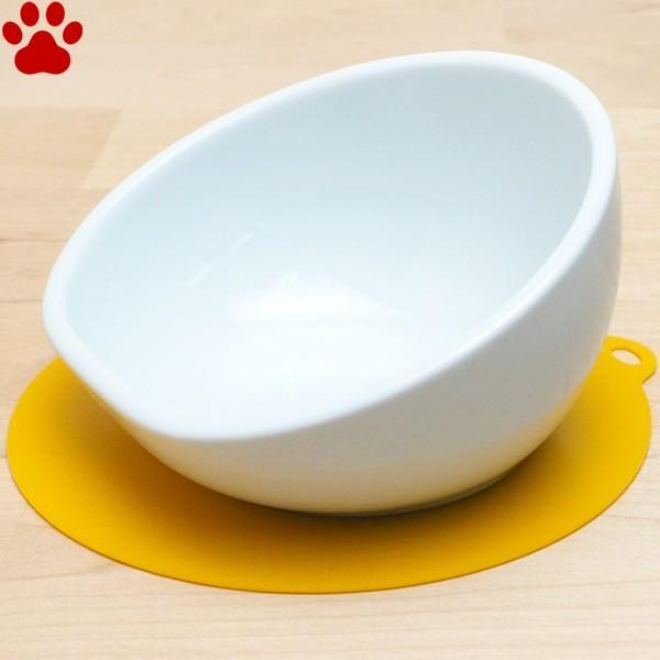 ハリオ 中型犬用フードボウル マルプレ ホワイト 滑り止めシリコンマット付き ワンプレ 食器 陶器 フードボール お洒落 シンプル|tokoton-dogfood