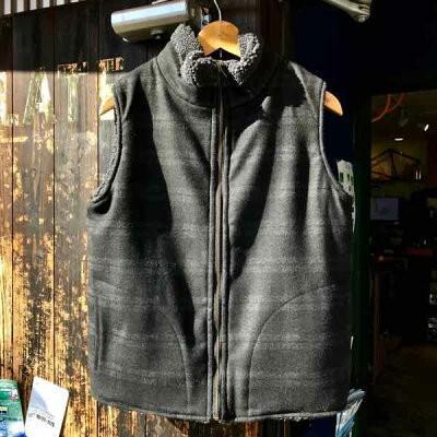 サイズ限定セール 緑 clothing グリーンクロージング BOA VEST ボアベスト CHARCOAL BOAx黒 CHECK 【ミッドレイヤー】【ベスト】【リバーシブル】