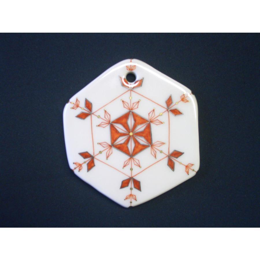 クリスマスオーナメント お待たせいたしました! 九谷焼陶器クリスマス・オーナメント『雪の結晶〜赤絵に金彩銀彩』約9cm|touban-art