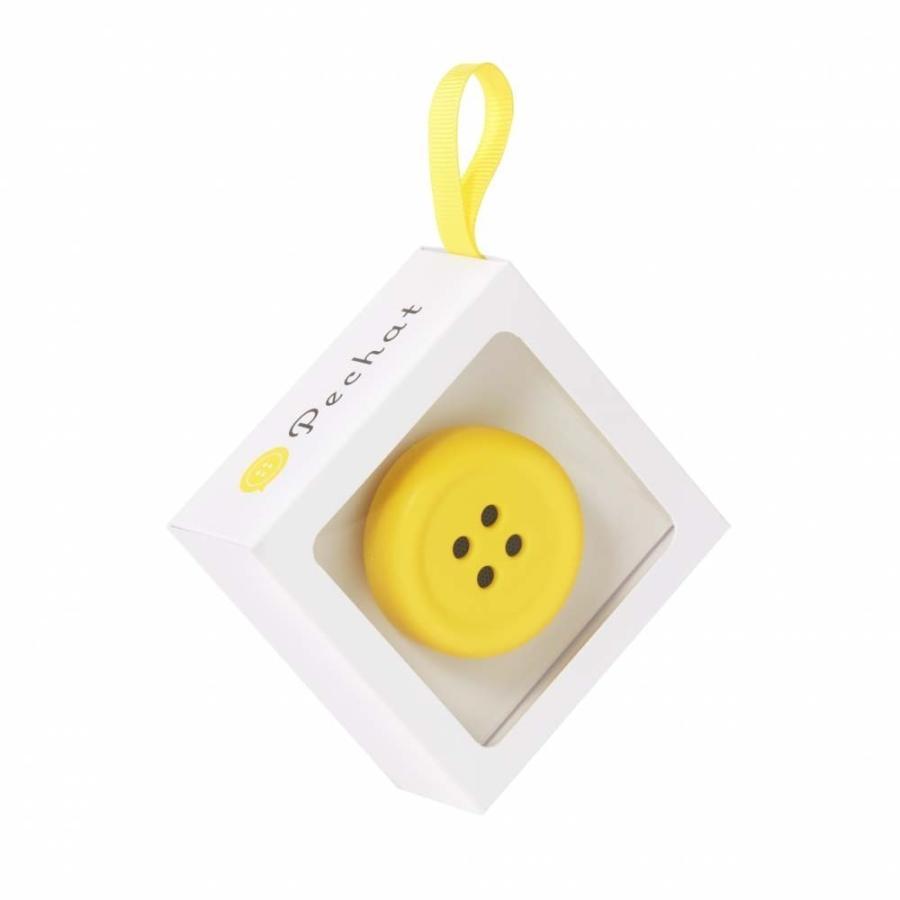 Pechat(ペチャット)イエロー  ぬいぐるみをおしゃべりにするボタン型スピーカー toysrus-babierus 04