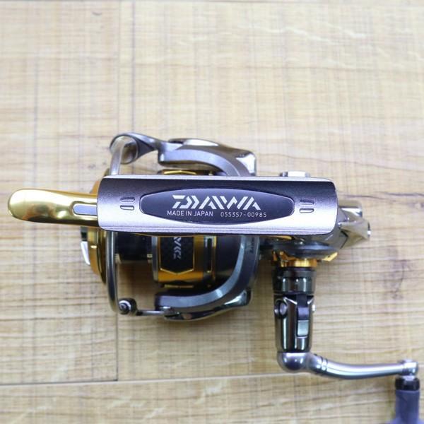 ダイワ 12トーナメントISO Z 3000H-LBD/Z217M 未使用 DAIWA 釣り スピニングリール レバーブレーキ 尾長 グレ チヌ 磯 ソルト|tsuriking|03