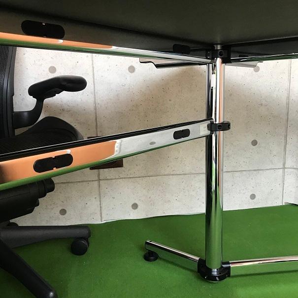 クロムの脚が美しい、エグゼクティブ向けのワークデスク「USM Kitos キトステーブル」|usm-haller-upcycle-u|09
