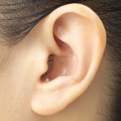 エーストーンフィット2(片耳用) デジタル 補聴器 小型 目立たない 難聴 敬老の日 父の日 母の日