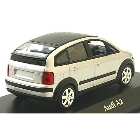 アウディ A2 2000 シルバー (1/43 ミニチャンプス940019000)|v-toys|02