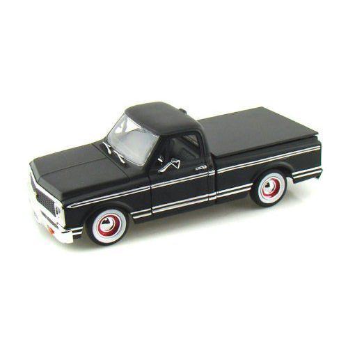 ダイキャストカー 1972 Chevy Cheyenne Pick Up Truck Collector's Club L/E 黒 1/24