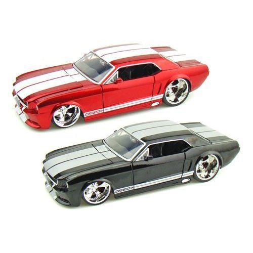 ダイキャストカー 1965 フォード マスタング 2台セット 1/24