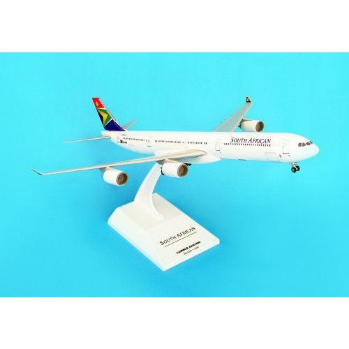 Skymarks South African A340-600 1/200 W/GEAR プラモデル 模型 モデルキット おもちゃ