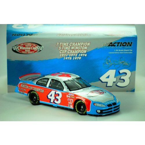 2003 - Action - NASCAR - Richard Petty #43 - The Victory Lap / 7X Champion - Dodge ドッジ Intrepid