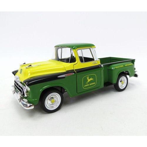 1/25th John Deere 1957 Chevy Pickup フィギュア 人形 おもちゃ