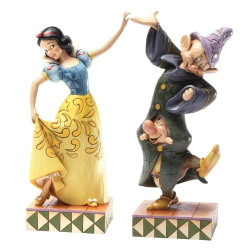 Enesco Disney Traditions by Jim Shore Snow 白い Dopey and Sneezy Figurine, 9-Inch