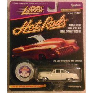 Johnny Lightning Hot Rods - 白い Lightning 限定品 Bumongous (白い) - スケール 1:64 ミニカー ダイ