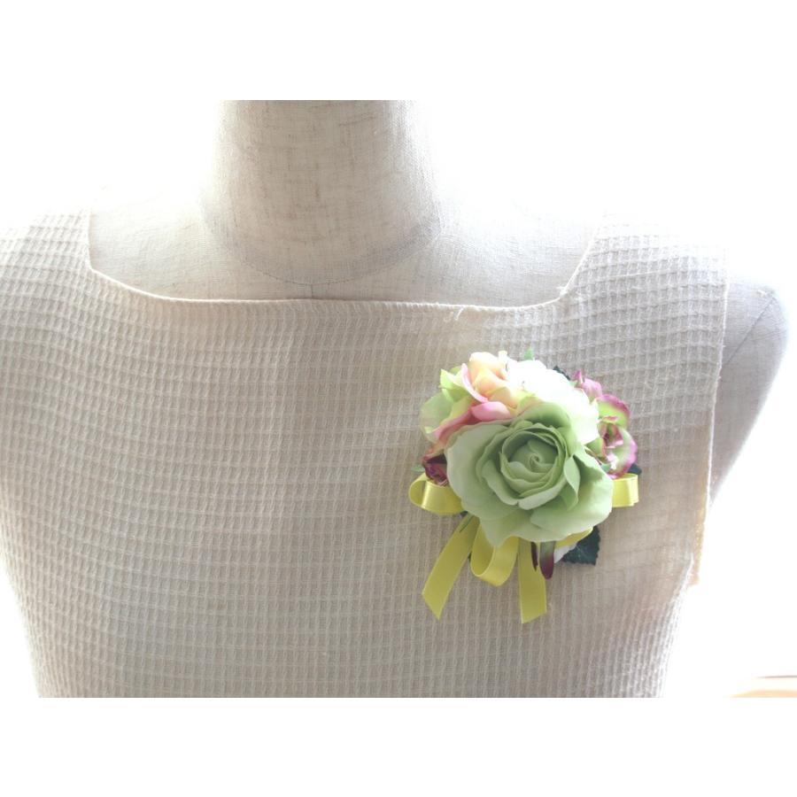 ライトグリーンのバラのコサージュセット|vertpalette-store|06