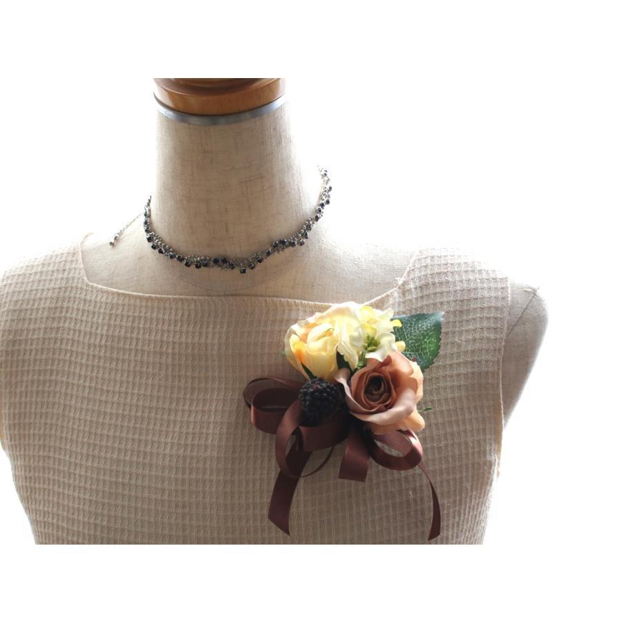黄色とブラウンの小さなバラのコサージュ|vertpalette-store|02
