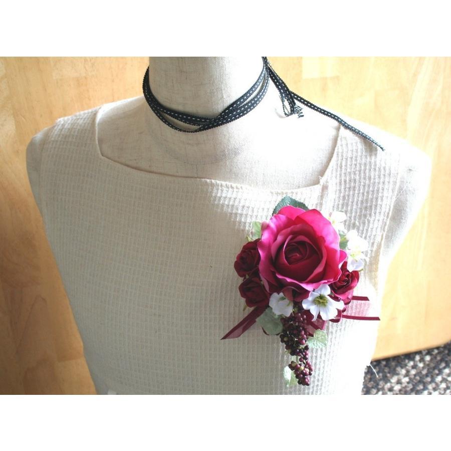 赤ワイン色のバラのコサージュ vertpalette-store 02