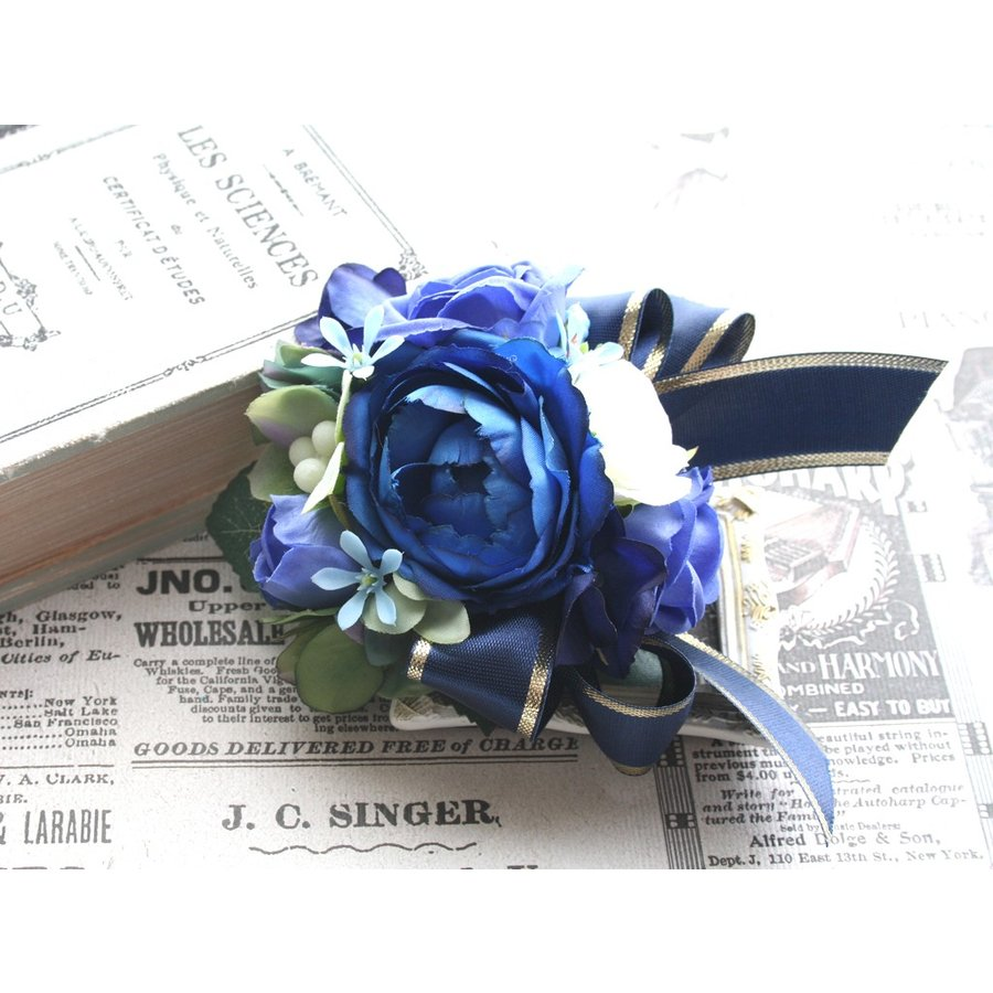 ブルー系を集めたバラのコサージュ|vertpalette-store