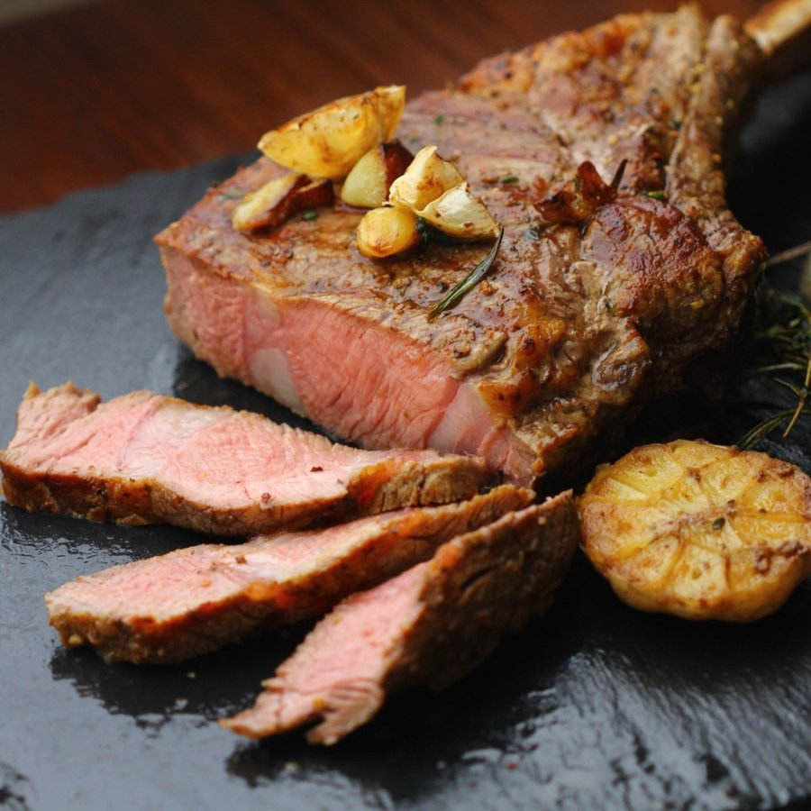 牛肉 トマホークステーキ 1キロ以上 1.25~1.5kg 骨付き肉 かたまり肉 アニメ肉 -SKU124-big wholemeat 03