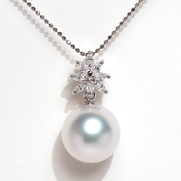 パールペンダント白蝶真珠幅12.8mm縦13mmプラチナ製マーキスカットダイヤモンドでゴージャス45cmフリーチェーン付属 wizem 03