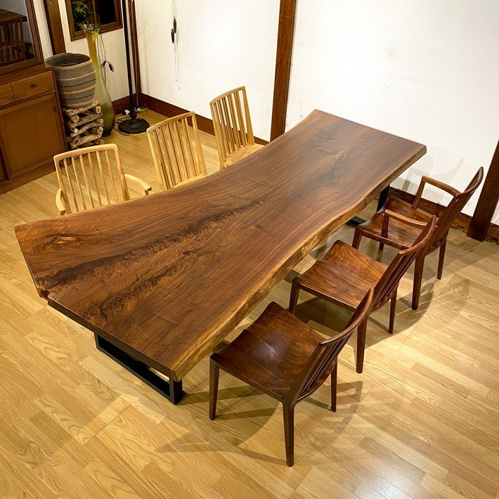 枚 板 テーブル 一