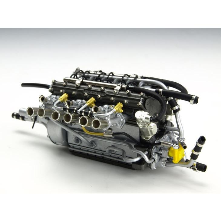 CMC/シーエムシー マセラッティ 300S エンジン ショーケース付 CMC/シーエムシー マセラッティ 300S エンジ