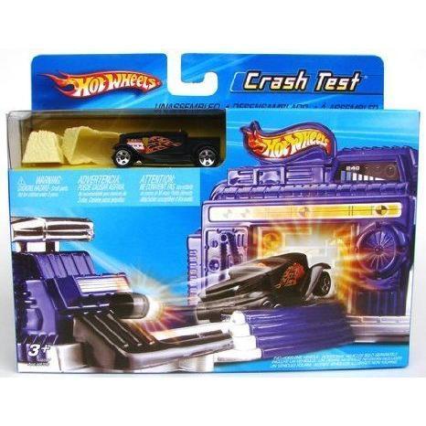 Hot Wheels (ホットウィール) Crash Test プレイセット + One Car ミニカー ミニチュア 模型 プレイセッ
