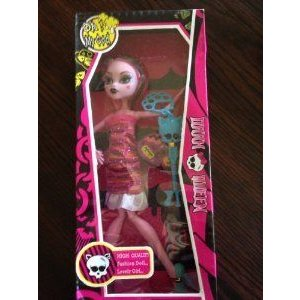 MONSTER HIGH FRIENDS: Friend of DRACULAURA Freaky Just Got Fabulous Doll With Accessories ドール
