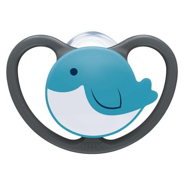 NUK ヌーク 期間限定今なら送料無料 おしゃぶりスペース 消毒ケース付 0〜6ヵ月用 DADWAY ダッドウェイ クジラ 1個 完売